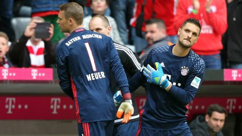 Manuel Neuer ruled out till January The Bayern Munich and Germany No.1 has suffered a second harline fracture on his foot. vor 2 Stunden