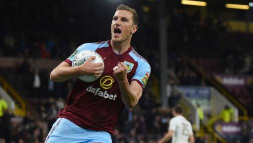 Ladbrokes Offer Burnley Apology Over Offensive Tweet Aimed at Former Leeds Duo