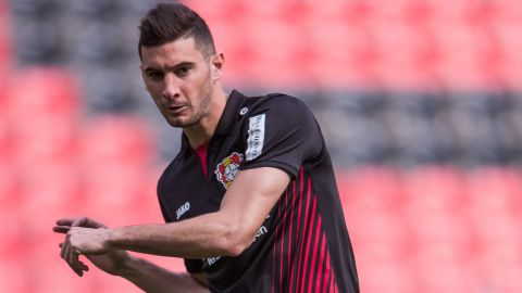 Alario to make debut against Wood's HSV? After his transfer was finally confirmed, Lucas Alario could make a Bayer debut against Hamburg. vor 2 Stunden
