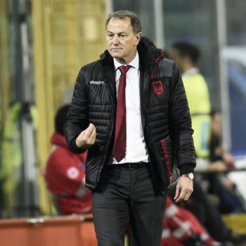 DEPORTIVO ALAVES to sign Italian trainer DE BIASI