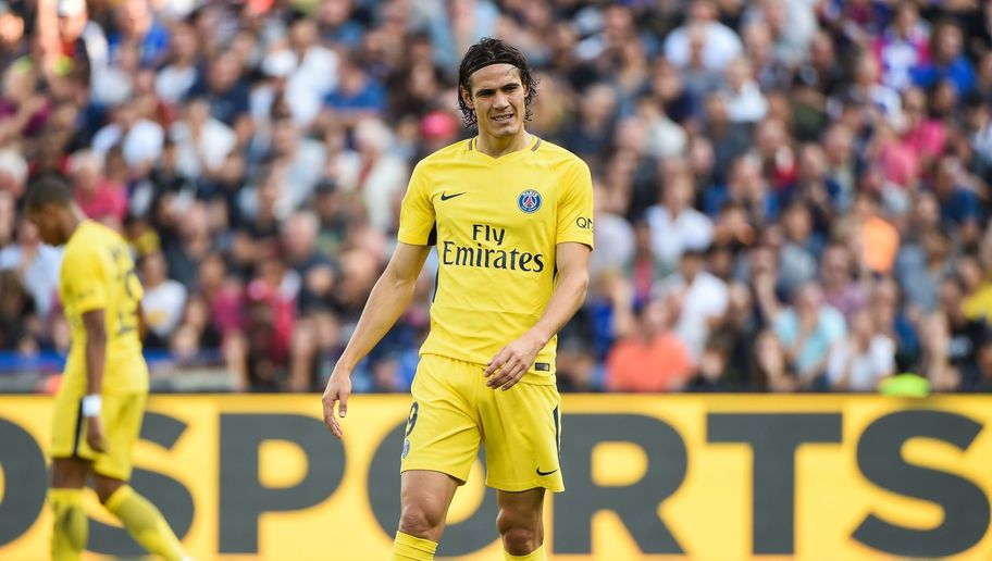 Serie A Outfit Reportedly Offer Edinson Cavani an Escape From His PSG Nightmare