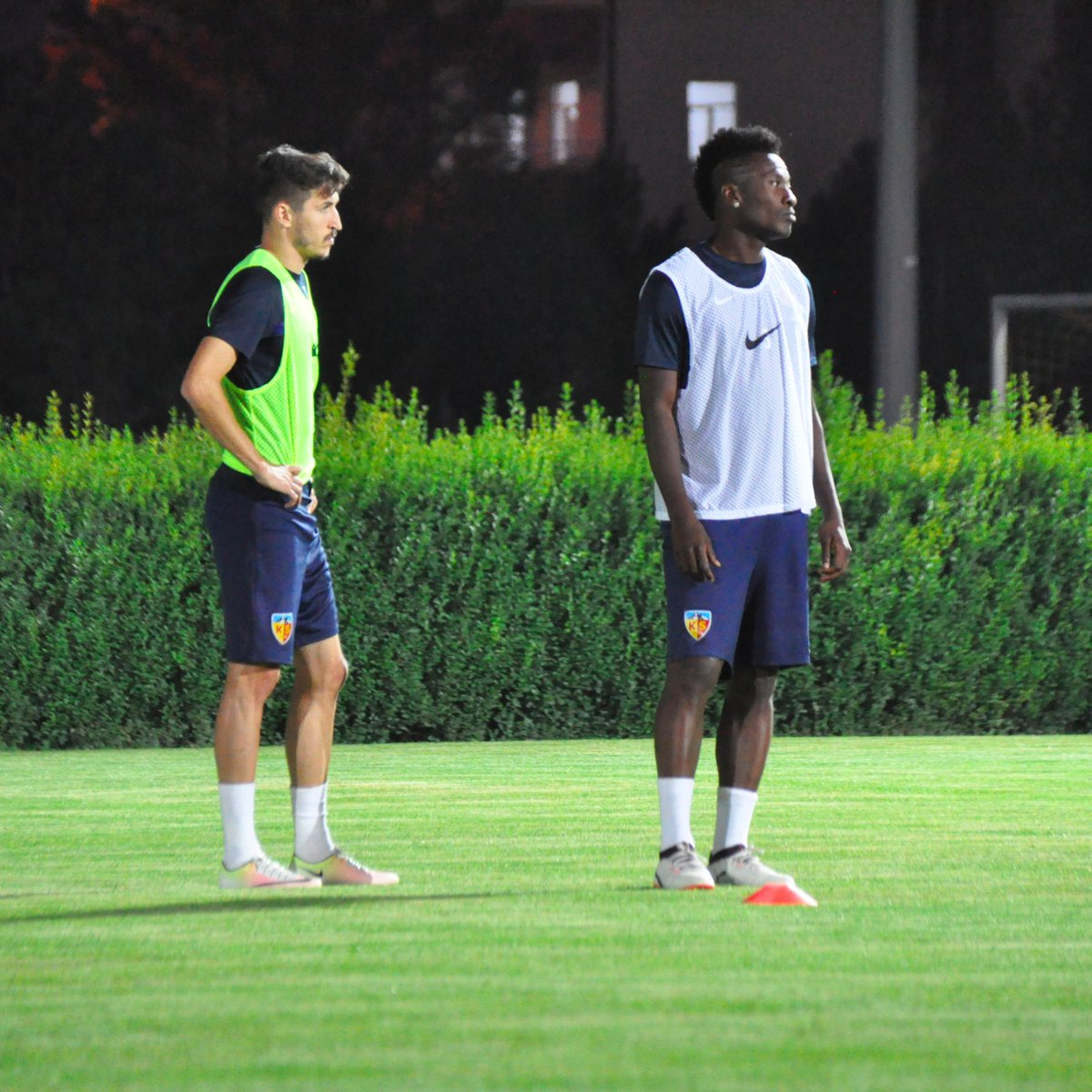 Asamoah Gyan returns to training with Kayeserispor team mates after quick recovery from groin injury