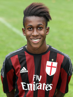 Teenage striker Nigel Kyeremanteng joins Novara from AC Milan