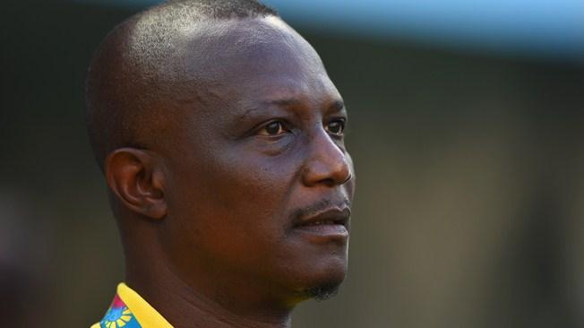 Ghana coach Kwesi Appiah has stabbed me in the back - Sola Ayew