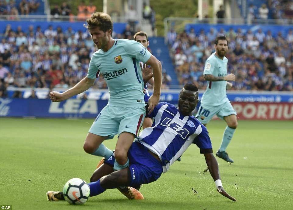 Midfielder Mubarak Wakaso to work under new manager at Alaves after Luis Zubeldía is fired