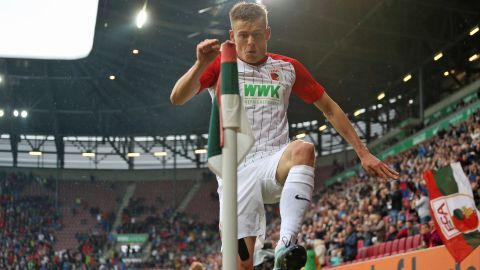 Finnbogason to the fore? Augsburg will look to Alfred Finnbogason for inspiration against faltering Hannover. vor 2 Stunden
