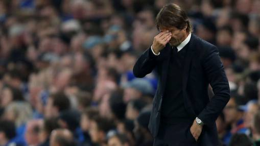 Conte must make up for Chelsea's depleted midfield with tactical nous
