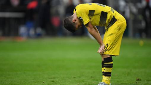 Peter Bosz Claims Dortmund Lack a 'Little Bit of Luck' After Throwing Away 2 Goal Lead in Frankfurt