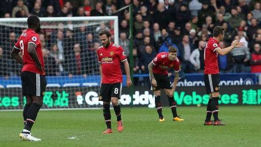 Manchester United must bounce back after Huddersfield loss - Herrera