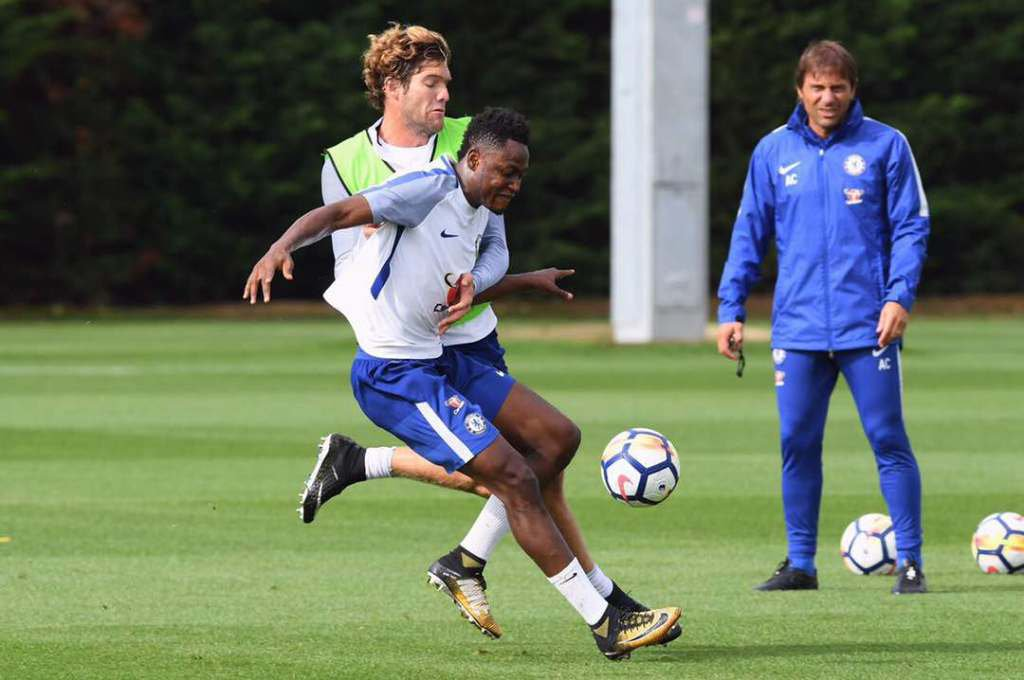 Chelsea boss Antonio Conte expects Baba Rahman to be fit by mid-November