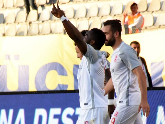 Mahatma Otoo's brace powers Balikesirspor to victory against Boluspor in Turkish Lig 2