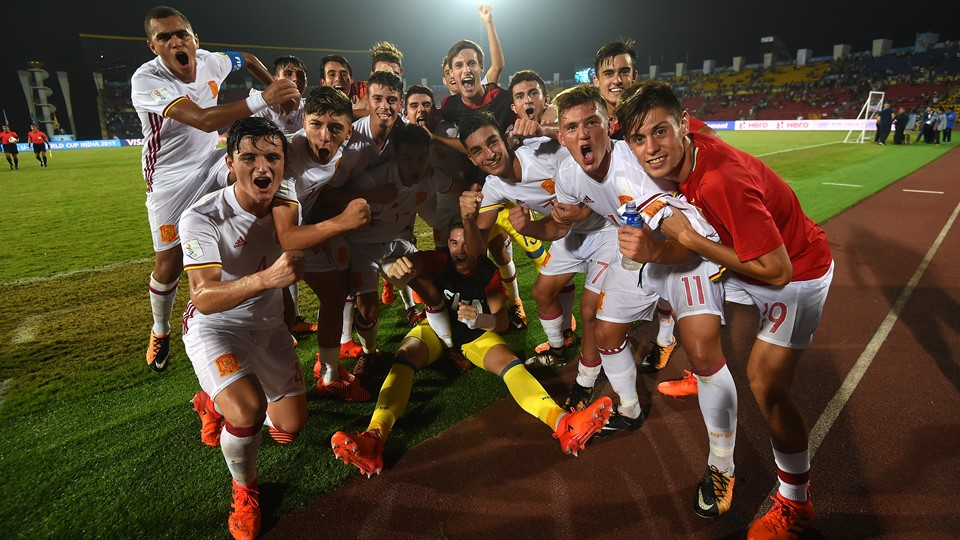 FIFA U-17 World Cup: Late penalty sends Spain through