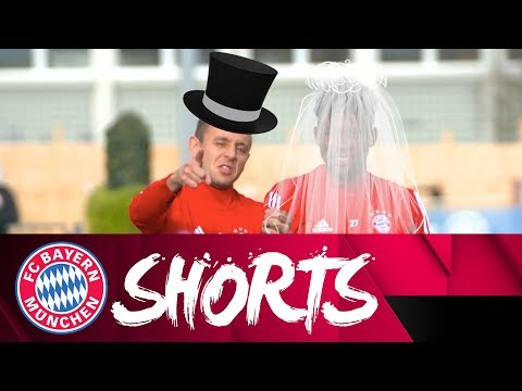 Bromance in the Air & Mario (Golf) Cart! | FC Bayern Shorts Vol. 23
