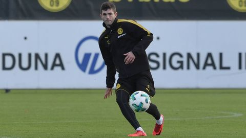 Pulisic returns to Dortmund training before derby The American international is in a fight to be fit for Saturday's crunch match against Schalke... vor 2 Stunden