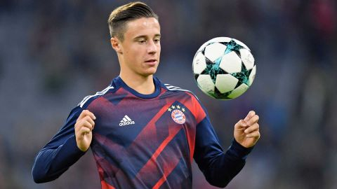 Marco Friedl handed Bayern Munich debut The young Austrian left-back was a surprise inclusion in the Bayern starting XI against Anderlecht. vor 2 Stunden