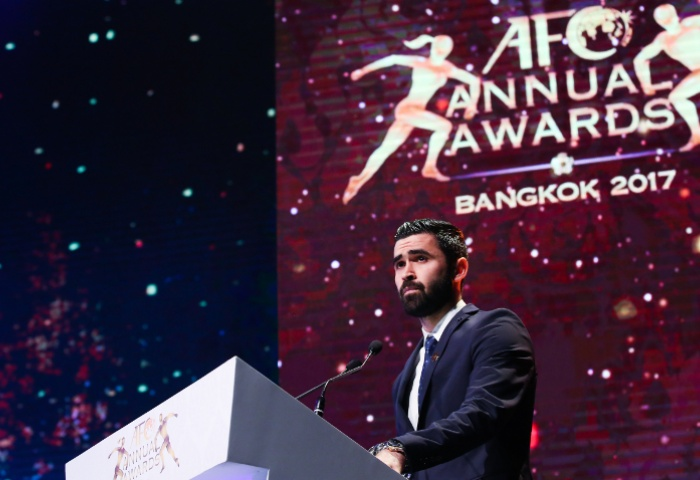 Khrbin dedicates AFC Player of the Year award to Syria