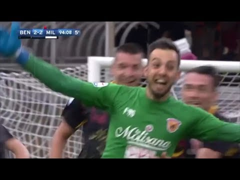 Goalkeeper equalises vs AC Milan in 94th minute with a great diving header