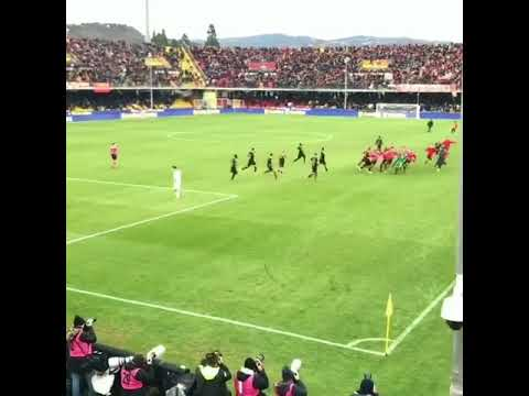 Benevento equalising vs AC Milan in the 94th min from their Goalkeeper(Fan View)