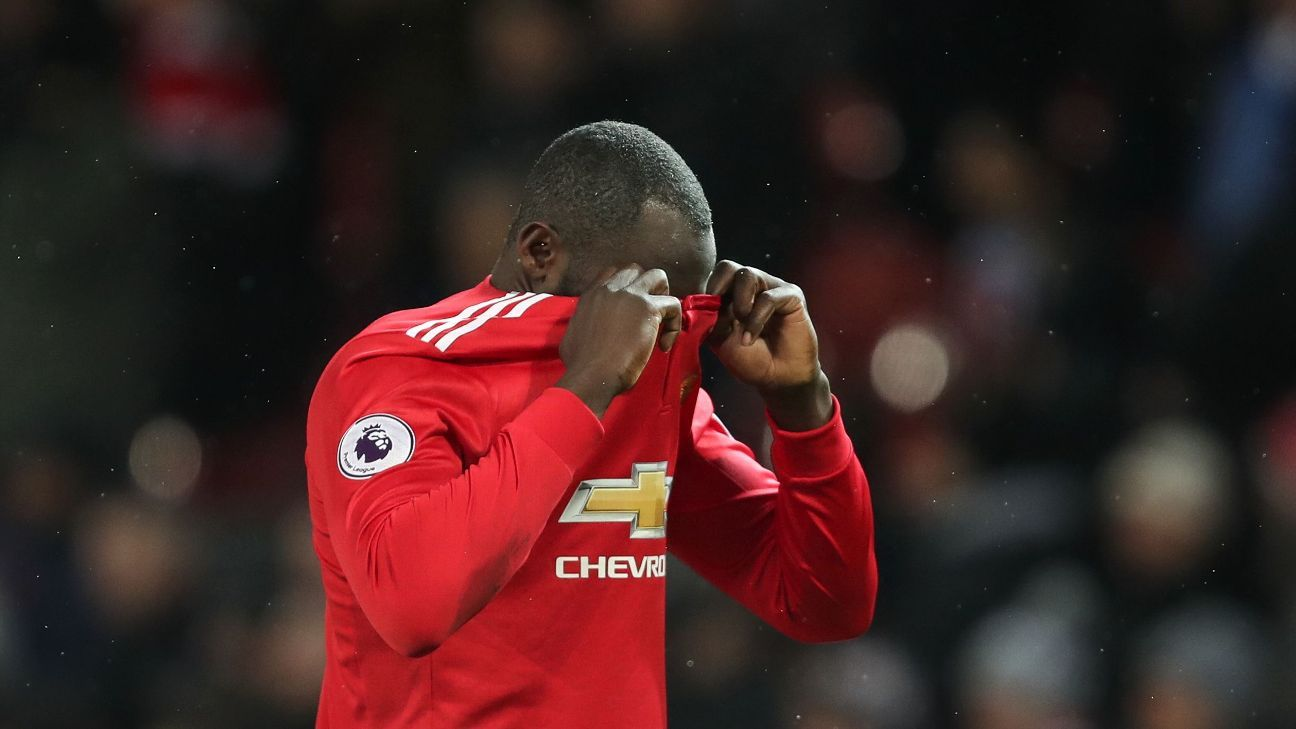 Romelu Lukaku wasteful, at fault for both goals in derby defeat