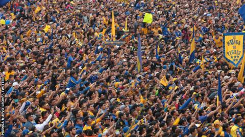 Tigres UANL: Half a million fans celebrate Mexican title win