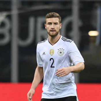 JUVENTUS in touch with Arsenal on MUSTAFI