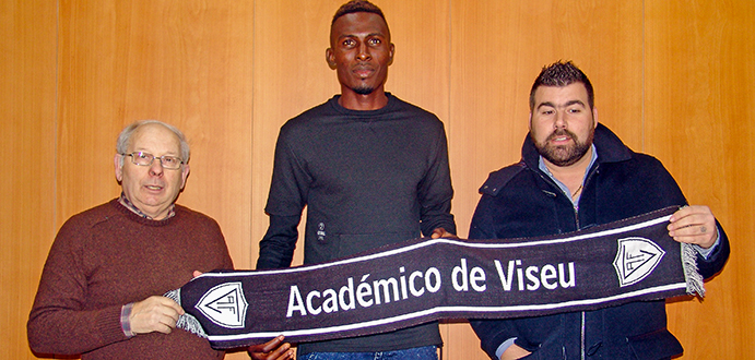 Ghanaian striker Kwame Nsor signs two-year deal with Portuguese side Académico Viseu
