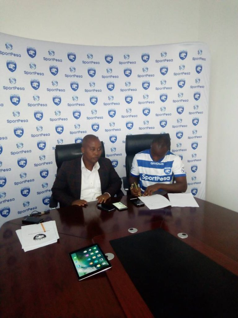 PHOTOS: Ex-Berekum Chelsea striker signs for Kenyan giants AFC Leopards