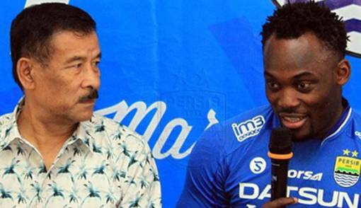 Former Persib Bandung coach urges club to extend Michael Essien's contract