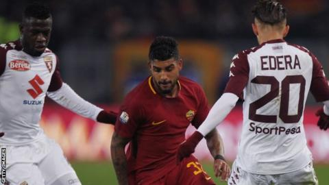 Emerson Palmieri: Chelsea 'interested in Roma full-back'