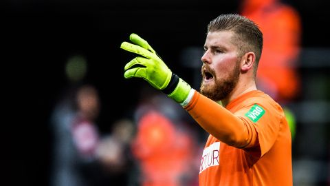 Horn on Neuer, De Gea and his Germany chances Cologne shotstopper Timo Horn speaks to bundesliga.com about some of goalkeeping's bigger questions. vor 2 Stunden