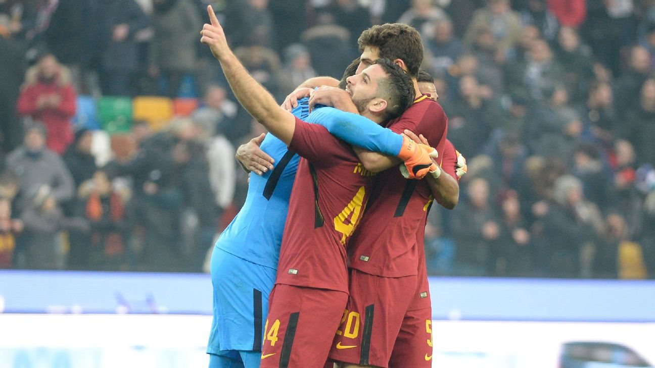 Roma beat Udinse to jump Inter into third place in Serie A