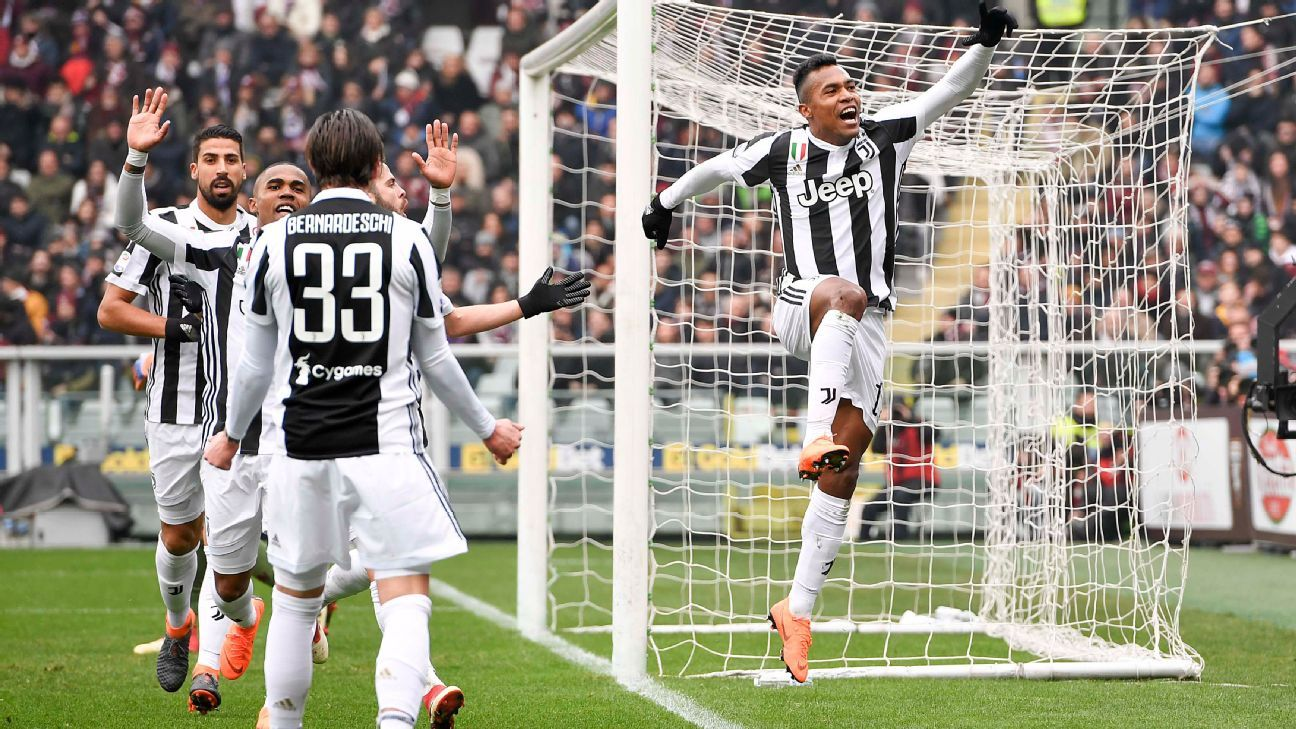 Alex Sandro nets 7/10 for Juventus after Gonzalo Higuain injury