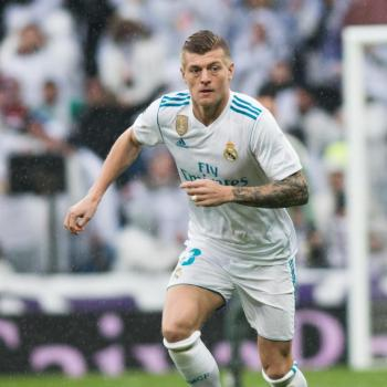 MANCHESTER UNITED - Mou dreams of bringing Toni KROOS in