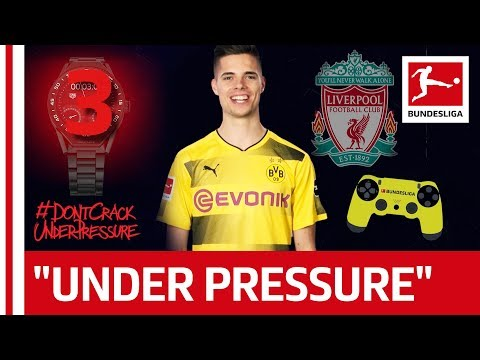 Don't Disturb Julian Weigl at Video Game! - 60 Seconds Quick-Fire Questions