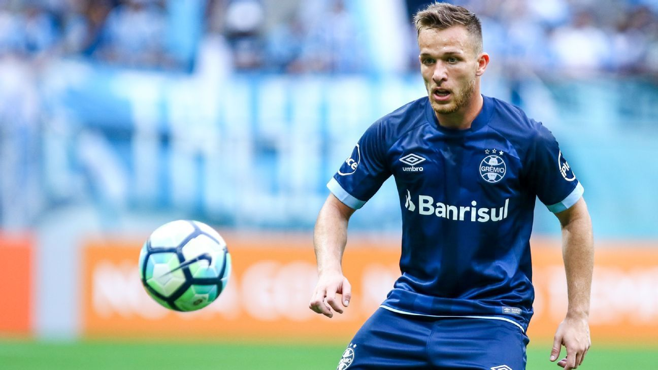 Barcelona agree deal to sign Gremio's Arthur, 21 - sources