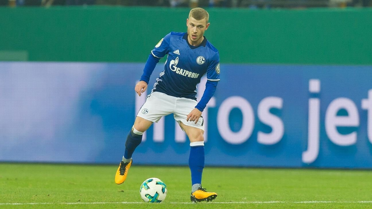 Max Meyer's departure would be 'huge blow' to Schalke - Domenico Tedesco