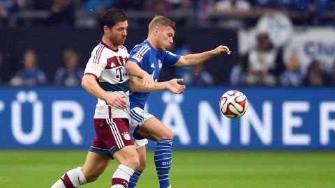 Alonso's heir Max Meyer has gone from faltering False 9 to world-class No.6 at Schalke.​ vor 2 Stunden