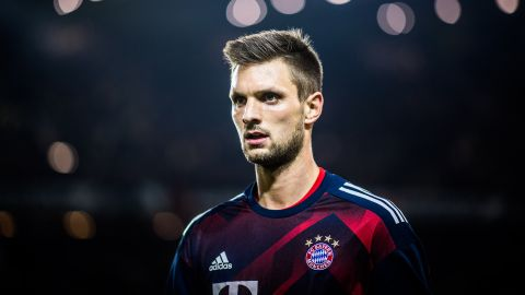 Sepp Maier wants Sven Ulreich as Germany option The ex-Bayern Munich No.1 feels Ulreich should play at World Cup if Manuel Neuer fails to recover.  vor 2 Stunden