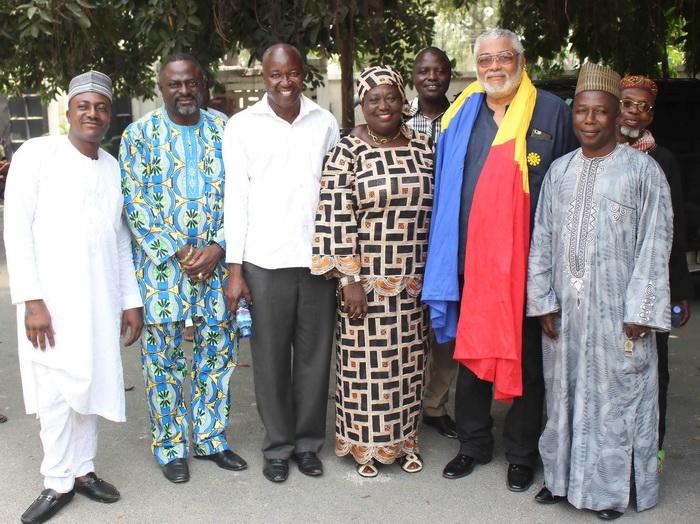 Late Alhaji Hearts' family call on former Ghana president John Rawlings -  Ghana Latest Football News, Live Scores, Results - GHANAsoccernet