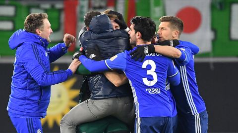 Tedesco's Schalke express gaining momentum  Domenico Tedesco has Schalke grinding into gears at the perfect time of the season. vor 2 Stunden