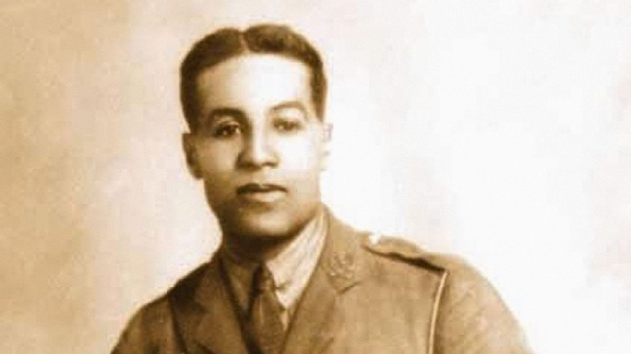 Tottenham trio urge for ex-player Walter Tull to be awarded Military Cross
