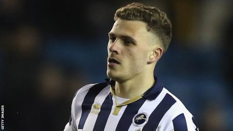 Millwall's Smith takes time out because of depression