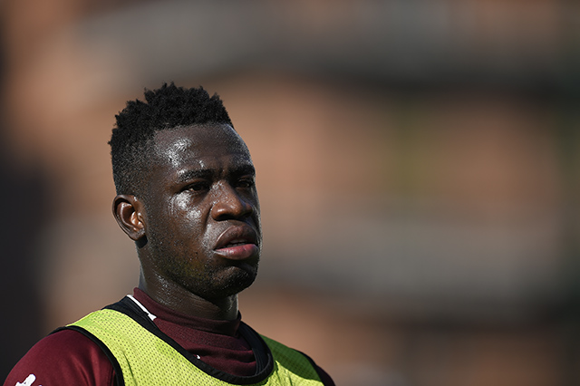 Big BLOW as Torino star Afriyie Acquah sprains knee in training