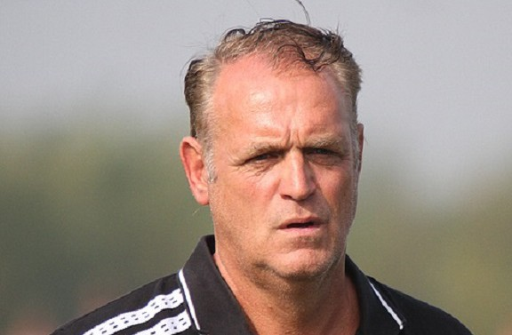2018 CAF Confed Cup: Fosa Juniors coach Bob Kootwijk throws in the towel ahead of return leg after Aduana trashing