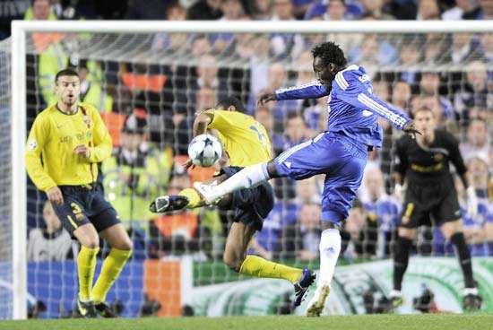 Chelsea fans vote Essien\'s strike against Barcelona as his best at the club
