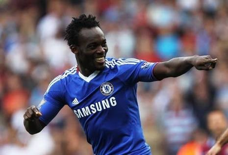 Michael Essien offer backing to under-fire Chelsea manager Antonio Conte