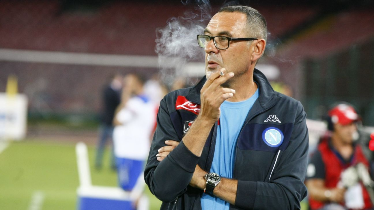 Napoli coach Maurizio Sarri: Middle finger gesture a response to insults