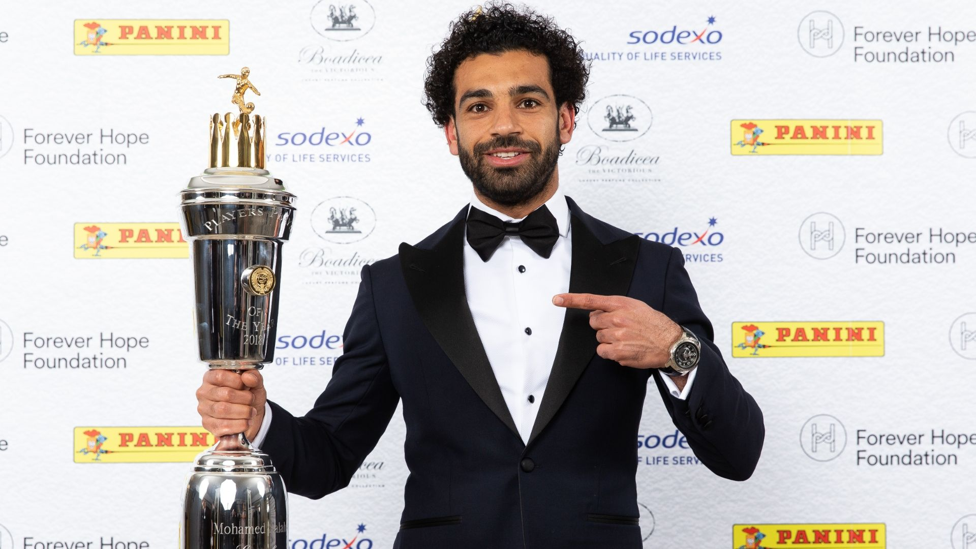 Liverpool's Mohamed Salah embroiled in 'serious issue' over Egypt image rights