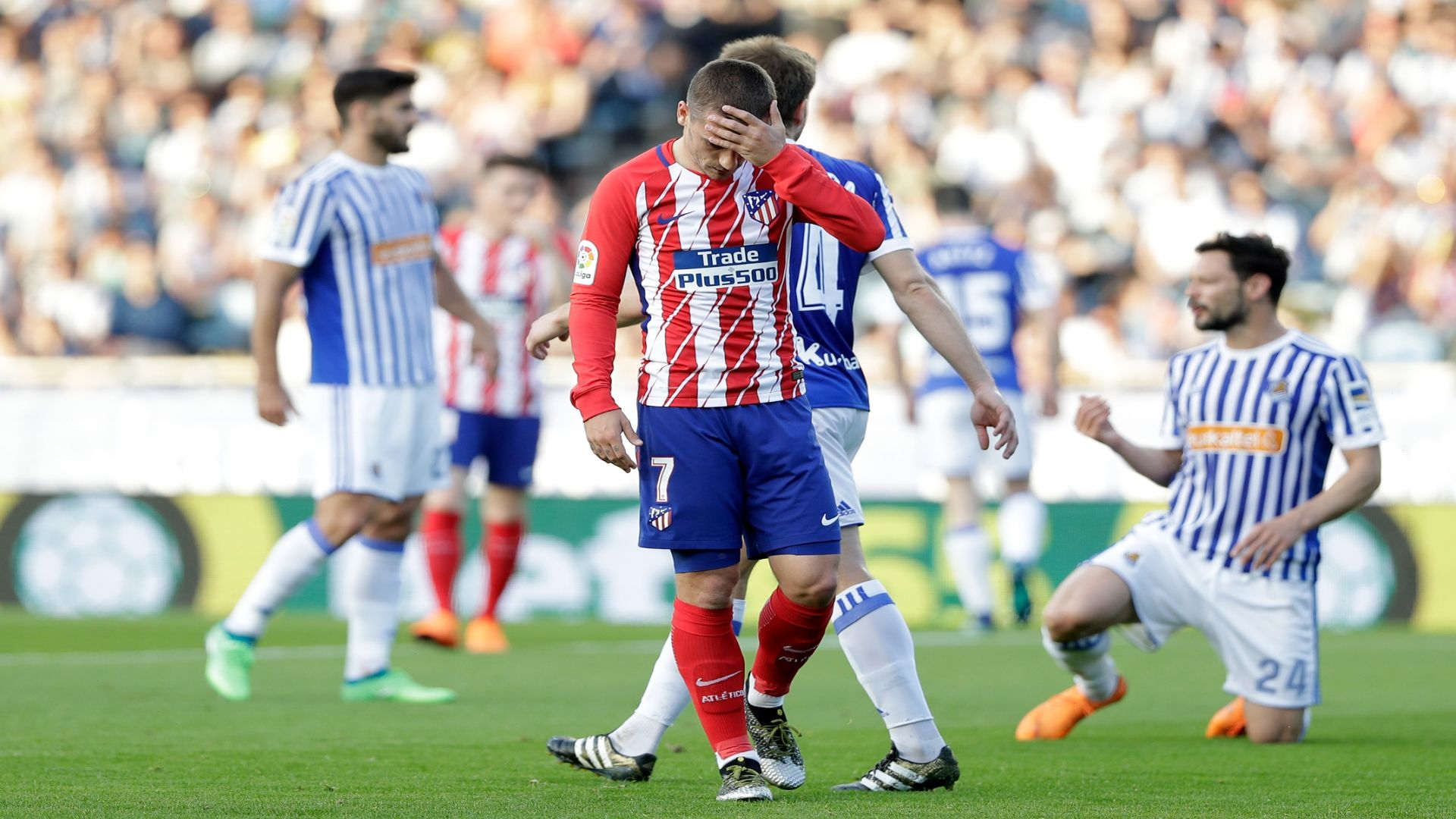 Atleti's Costa can intimidate Arsenal - Simeone