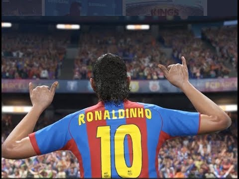 Ronaldinho LIVE now in #PES2018